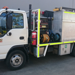 Mobile welding mid range service truck
